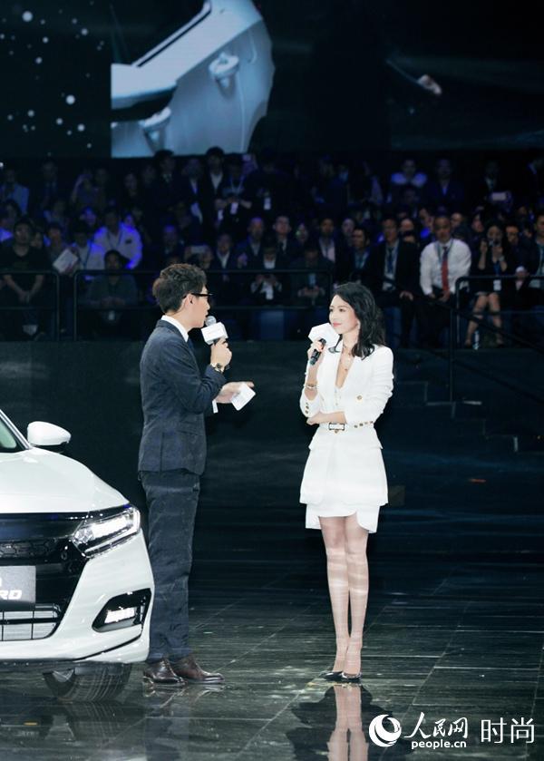 章子怡为女司机正名 谈泊车技巧超自信
