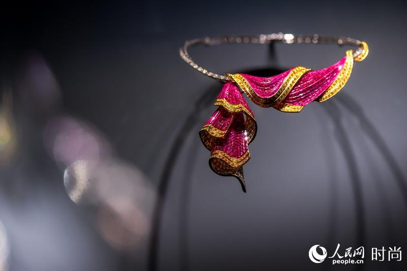 """When Elegance Meets Art雅艺之美""Van Cleef & Arpels梵克雅宝典藏臻品回顾展【7】"