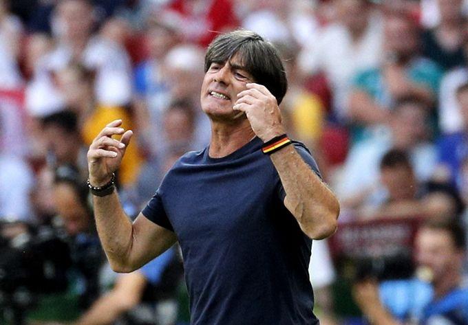 勒夫留任德国主教练 日耳曼战车溃败足协却选择信任