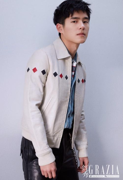 刘昊然登杂志开年封面 清冽眼神诠释少年棱角【7】