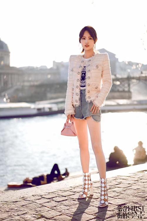 从街拍到秀场 看张嘉倪巴黎时装周百变穿搭