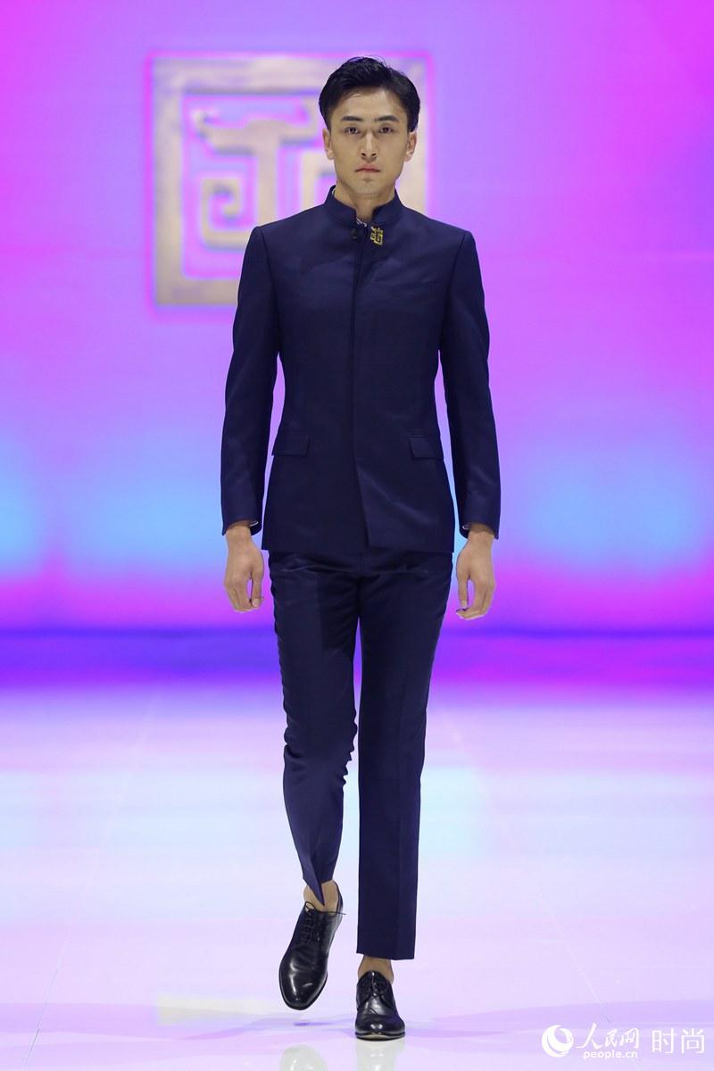 """中华老字号隆庆祥2020流行趋势在京发布 主题为""""重塑"""""""