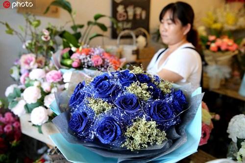 """七夕消费需理性 """"浪漫经济""""应深挖传统文化内涵"""