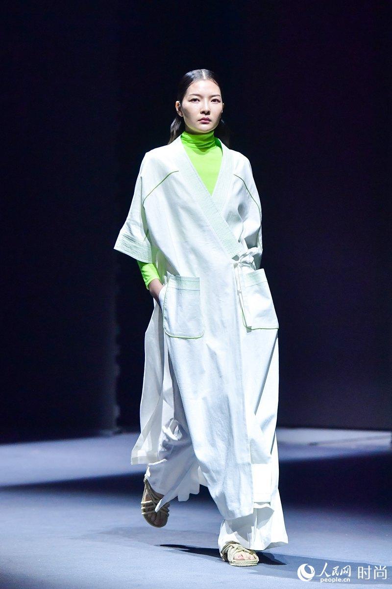 腾讯分分彩后三万能大底,2019 TOPNEW亮相2019北京时装周 倡导精致优雅生活品质